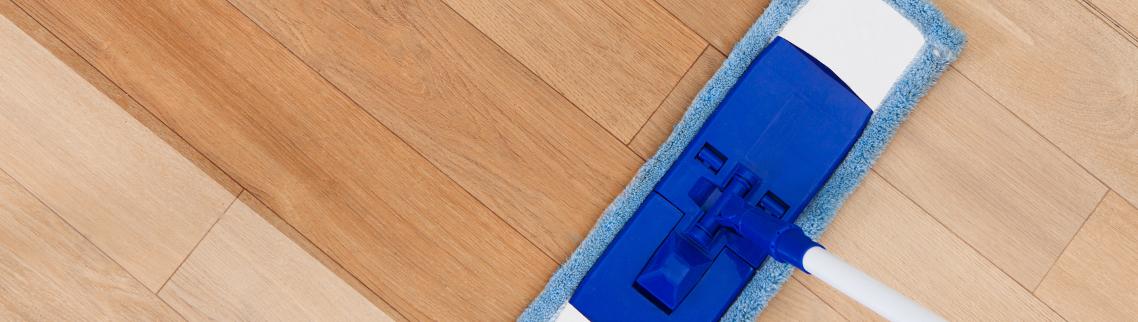 czym myć podłogę drewnianą olejowaną
